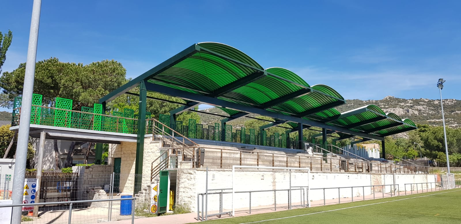 cubiertas gradas fútbol